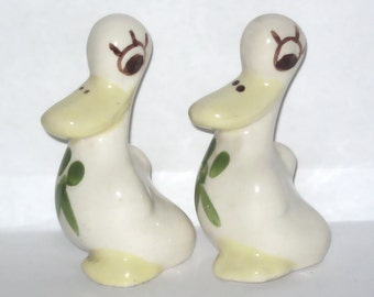 Rio Hondo California Pottery Animal Figurine Two Ducks Hand-Painted Bird Twins Sisters