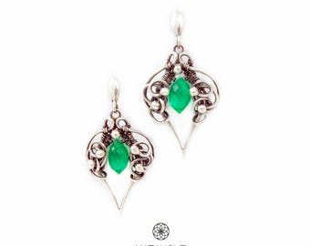 Elegant handcrafted silver earings, wire wrapped earings