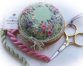PP15C Sunshine and Flowers Pincushion Kit