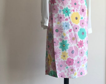 Beautiful Floral Skirt in Pastel Colors / Vintage Floral Skirt