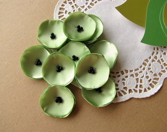 Small handmade fabric sew on flower appliques, mini fabric flowers, tiny silk poppies, light green floral decor  (10pcs)- LIME GREEN POPPIES
