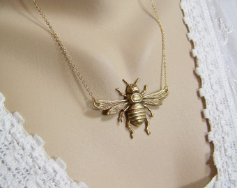 Honeybee Necklace, Bronze Honeybee, Bee, Bee in Flight, Apiary, Bee Necklace, Insect Necklace, Bug Necklace, Nature Necklace