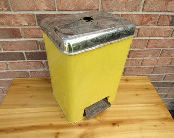 Vintage yellow trash can mid century modern Lincoln Beautyware retro diner trash receptacle  with foot pedal and chrome lid removable bin
