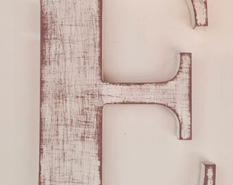 Letter and wooden Shabby chic