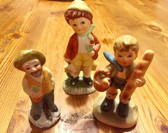 Lot Of Four Vintage Hand Painted Figurines Napcoware Norleans 1960s