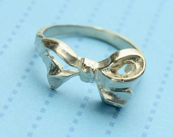 Bow Silver Ring, Sterling Silver, First Knuckle, MIDI Ring