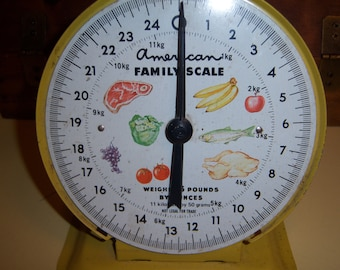 Vintage Kitchen Decor Yellow Metal American Family Scale Retro Art Decor MCM Mid Century 25 Pound Scale