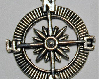 4 Compass Charms  C160