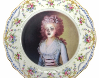 "Zombie Contessa Portrait Plate 6.25"""