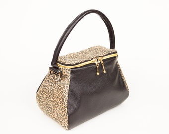 Black Leather print Purse, Leopard Stylish Burse,Cross Body Bag, Leather Bag, Skillfully Created Purse, Bucket Purse, Black Leopard Bag,