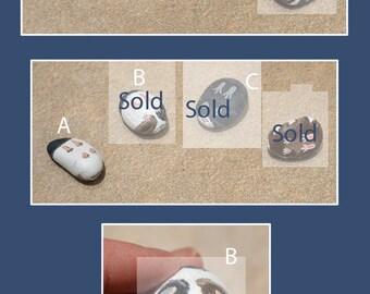 Mini Guineas - Painted Pebble Piggies - Memorial, Gift, Art, Stone, Guinea Pig, Cavies, Tricolour Variety