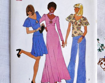 Vintage dressmaking pattern, Simplicity 6715, dress, short two-piece dress or top, 1974, size 38 inch bust, uncut pattern