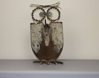 Metal art owls