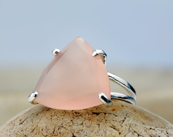 MOTHER'S DAY SALE - triangle ring,sterling silver ring,large wow ring,large silver ring,pink chalcedony ring,vintage ring,custom ring