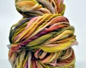 Handspun Yarn, Raibow, Mossy, Pink,  Bulky, Thick n thin, Soft, Wool, Wall hanging, Knitting, Weaving, Scarf Yarn, Yospun, Fiber