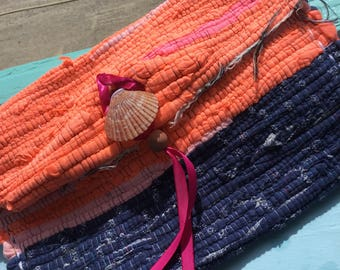 Boho clutch bag with shell clasp