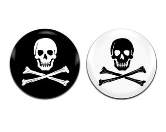 2x Skull And Crossbones Pirate Novelty Party 25mm / 1 Inch D Pin Button Badges