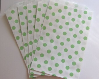 """Set of 10 Green and White Polka Dot Design Middy Bitty Bags (5"""" x 7.5"""")"""
