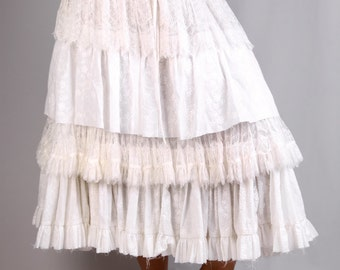 Pirate Skirt in whites