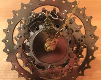 Bicycle Gear Desk Clock