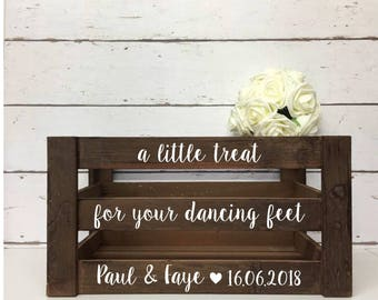 Flip Flop Basket |A Little Treat For Your Dancing Feet |Personalised Wedding Decor |Wooden Crate|Wooden Wedding Create |Rustic Wedding Decor