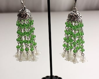 Jhumka handmade dangle earrings. Indian style. Green glass beads and white tiny flowers beads. Silver tone. Long earrings. Gift for her