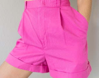 Vintage 80s Pretty Pink High Waisted Preppy Pleated Cuffed Shorts Small S
