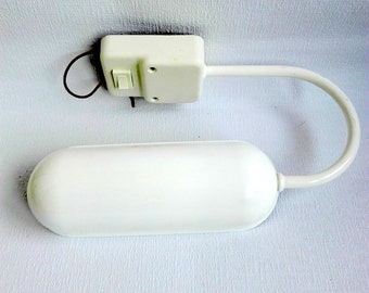 Vrieland Design Lamp, made in Holland, White Lamp, vintage 1980's