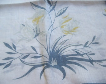 vintage linen runner ~~~ parrot tulips and daffodils