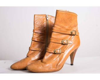 Vintage Eldita's boots / 1980s Leather stiletto ankle boots / Stacked spike heel / Ankle straps / 9 10