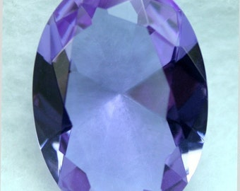Glass Jewel Oval 22x30mm Large Faceted Diamond Cut Pointed Back Unfoiled - Violet BV21 - 1 piece