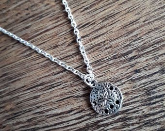 Short Sand Dollar Necklace - Silver