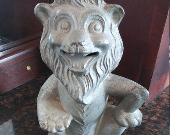 Small Metal Vintage Lion Coin Bank