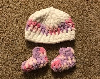 Crocheted Baby Girl Booties
