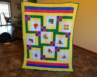 Animal-themed Gender Neutral Baby Quilt