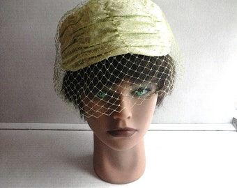 1960s Pale Green Ruched Hat with Netting Mesh - Union Label - Modified Pillbox