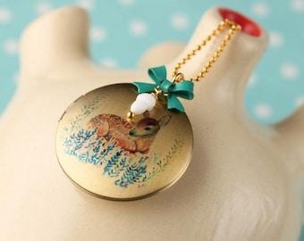Medallion Deer Rehkids Necklace Loop Bambi