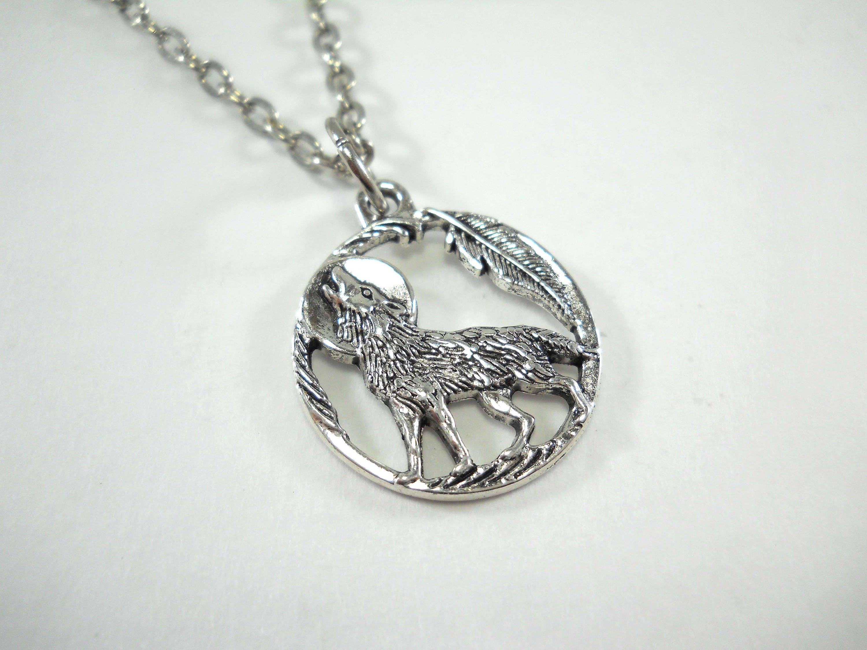wolf head anger necklace forest pendant gucci