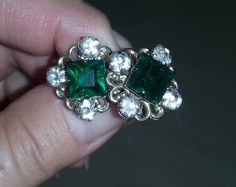 Vintage Rhinestone clipon earrings