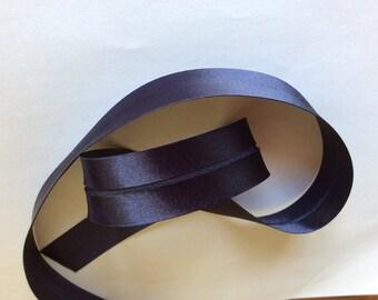 25mm silky sateen bias binding, navy blue no15