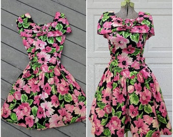 80's/90's Vintage Floral Princess Cut Tea || Party Dress || Bridesmaids Dress, Medium