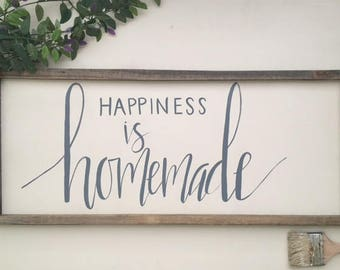 Happiness is Homemade | Hand Lettering on Wood