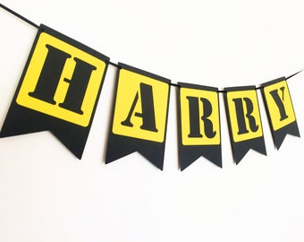 Name banner, custom text. Construction party bunting, garland. Photo Prop, First Birthday party, baby shower. Add a name, customisable.