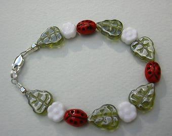 Ladybug Garden - baby / child / girl beaded bracelet