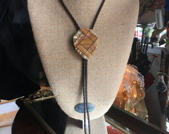 Vintage Agate and Brass Bolo Tie Brown Leather Cord with Gold Color Metal Tips