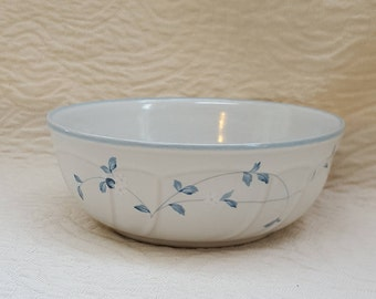 Noritake Bowl Strawberry Delight