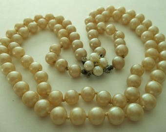 Vintage 2 Strand Faux Pearl Necklace.