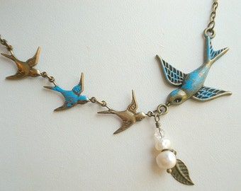 Bird Necklace Four Bird Necklace Blue Bird Necklace Mom Child Necklace Pearl Necklace Bird Jewelry Mother Wife Necklace