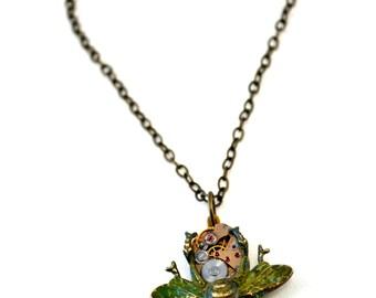 Steampunk Bee Necklace, Clockwork Bee Necklace, Steampunk Bug