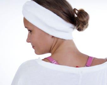 Enveloppe de la tête de Turban Routine beauté étroit en tissu éponge blanc